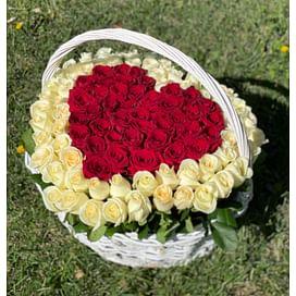 """Цветы в корзине """"Чтоб простила"""" 101 роза"""