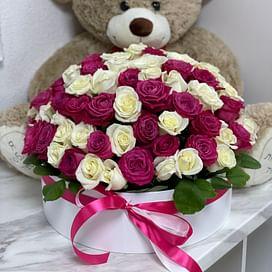 "Коробка с цветами ""Сердечно"" 101 шт."