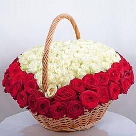 """Розы в корзине """"Сердце"""" 151 роза"""