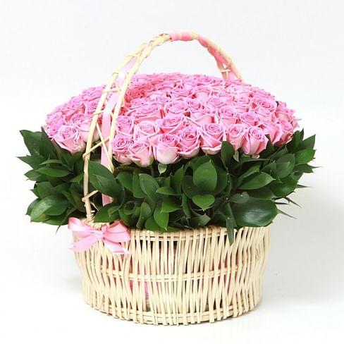 """Корзина роз """"Воздушная"""" 151 роза"""