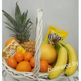 Корзина с фруктами и сладостями №13