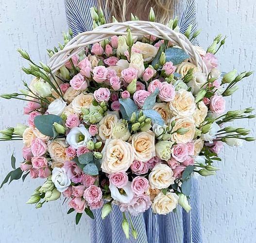 Выбирая букет, каждый задумывается, какие цветы лучше дарить