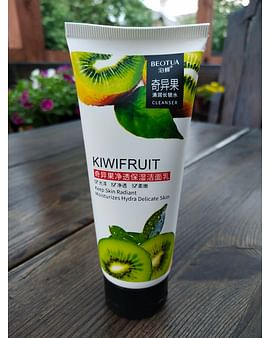 Пенка для умывания Keep Кiwifruit Skin Radiant Moisturizes Hydra Delicate с экстрактом киви 100 гр Beotua