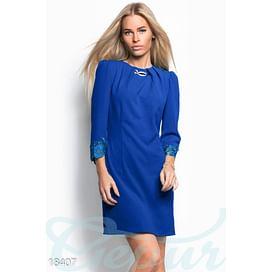 Короткое элегантное платье Vibe