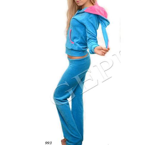 Велюровый костюм-зайка Цвет: 