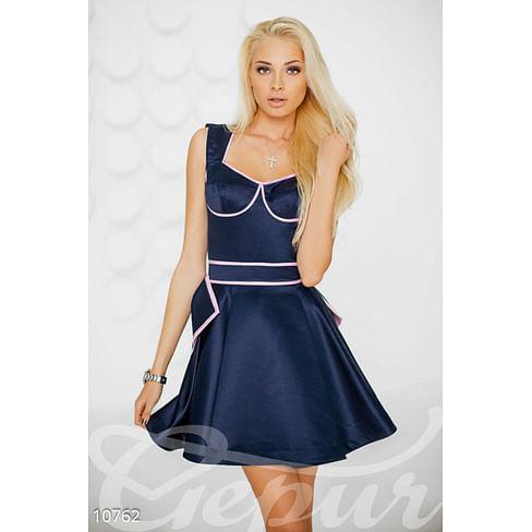 Коктейльное платье из атласа Alena Shishkova