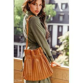 Коричневая стильная сумка Leather trend