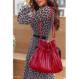 Эффектная красная сумка Leather trend