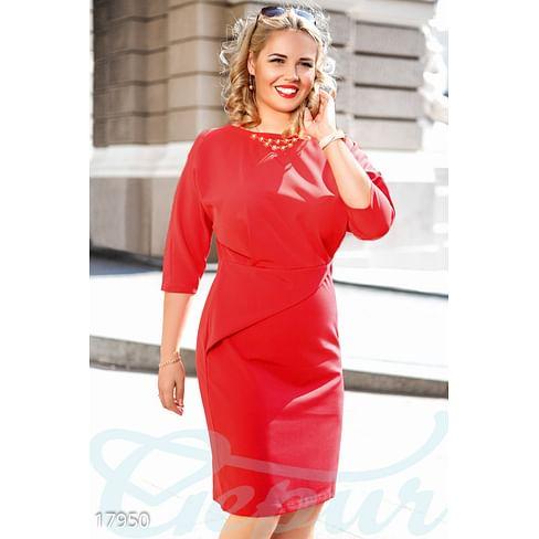 Элегантное платье-футляр Simplicity