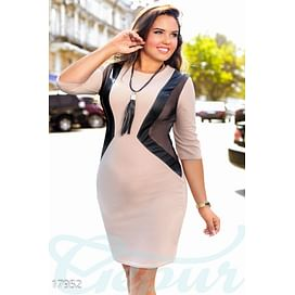 Платье с подвеской Simplicity