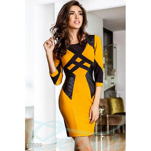 Платье с кожаными вставками Base