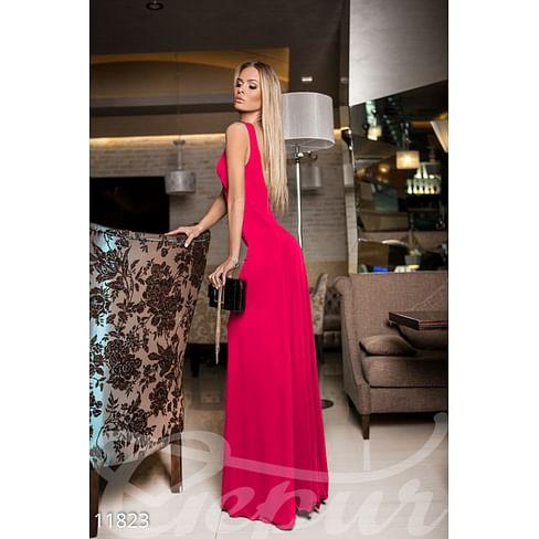 Эффектное вечернее платье More