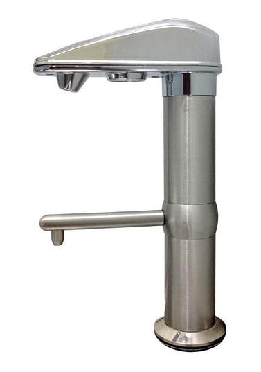 Кран с управлением — к ионизатору воды Mediqua MEDIQUA