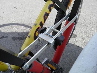 Крепление КЕНГУРУ для 2 х велосипедов на фаркоп Kenguru