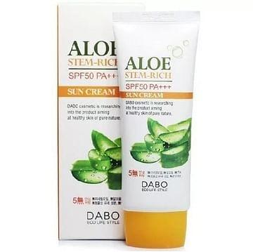 Солнцезащитный крем с Алоэ DABO White Sunblock Cream SPF 50 PA+++, 70мл.
