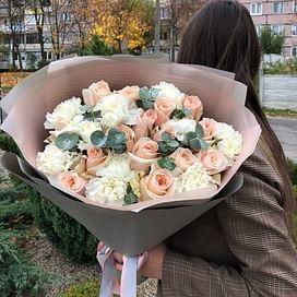 Букет Вальс 15 роз