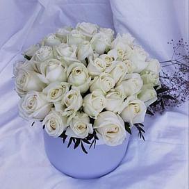 """Коробка роз """"Тайное признание"""""""