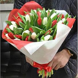 """Букет """"Теплая весна"""" (35 тюльпанов)"""