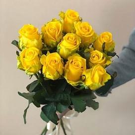 Желтые розы 11 роз