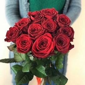 Букет красных роз 11 роз