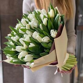 """Букет тюльпанов """"Теплая встреча"""" (65 тюльпанов)"""