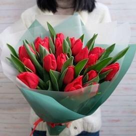 """Букет """"Сердце"""" 15 тюльпанов"""