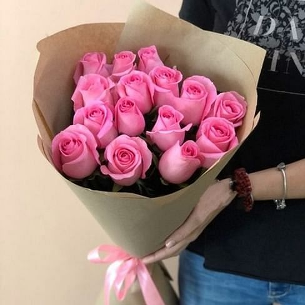 """Букет роз """"Робкий поцелуй"""" 15 роз"""