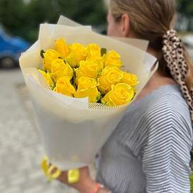 """Букет роз """"Искренняя улыбка"""" 15 роз"""
