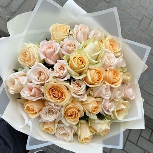 "Букет роз ""С Праздником!"" 35 роз"