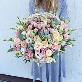 """Корзина с цветами """"Трепет"""""""