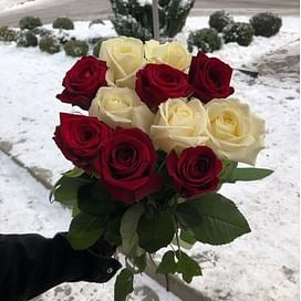 """Букет роз """"Инь-Янь"""""""