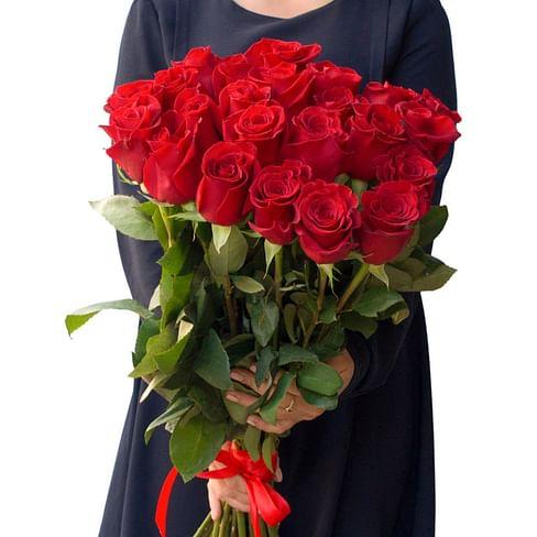 """Букет красных роз """"Ласка"""" 25 роз"""