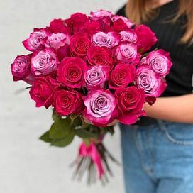 """Букет из 25 роз """"Дип и Готча"""" 25 роз"""