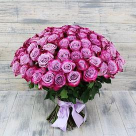 "Букет ""Сиреневые облака"" 101 роза Эквадорская роза"