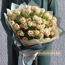 """Букет кустовых роз """"Азор"""""""