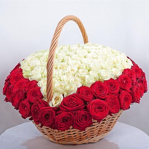 "Корзина роз ""Большое сердце"" 201 роза"