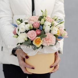 """Композиция """"Счастье есть"""" Цветы в коробке"""
