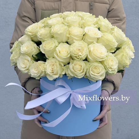 """Коробка с розами """"White"""" Розы в коробке 51 роза"""