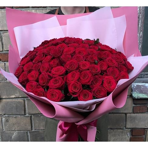 Букет из 101 розы с оформлением 50 см