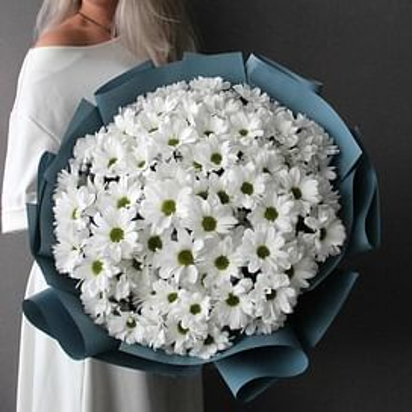 Букет из 15 хризантем Бакарди