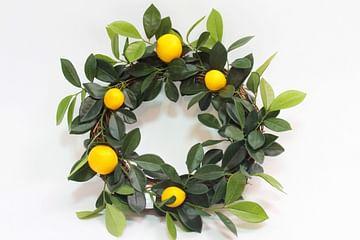 Венок декоративный с лимонами LIVING HOME