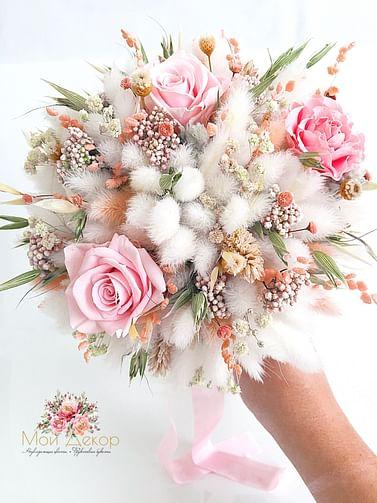 Букет Невеста /стабилизированные розы и лагурус