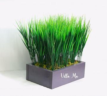 Трава в деревянном ящике искусственная