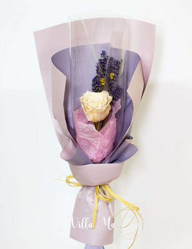 Оформление букета из сухоцветов